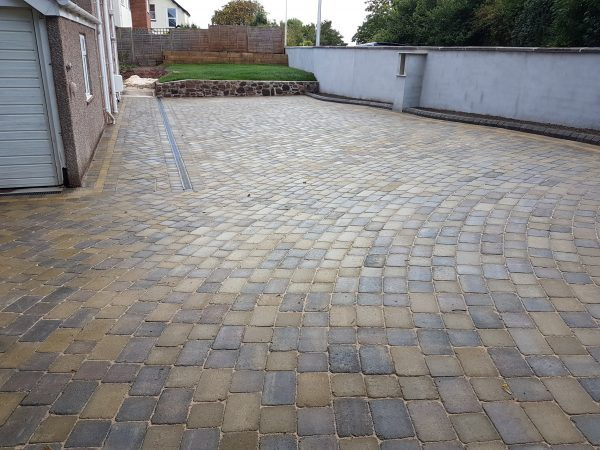 Marshalls tegula Cotswold / heather mix driveway Teignmouth