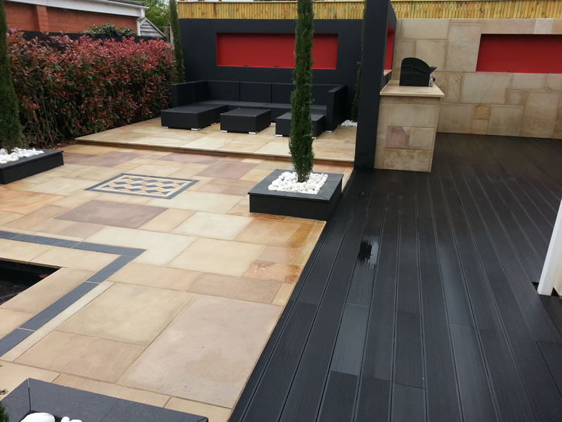 Contemporary garden completed in exeter devon jacksons for Garden design kerry