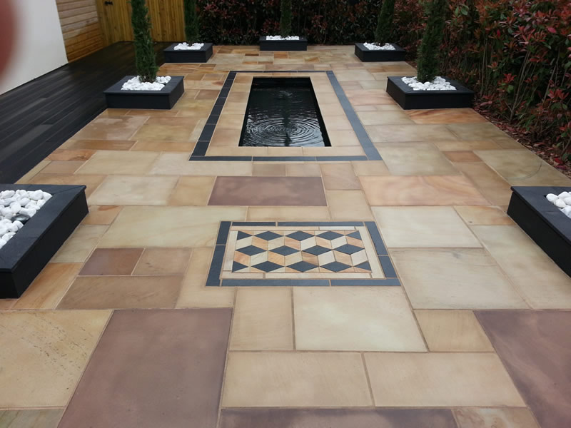 Patio design ideas - a clever use of paving